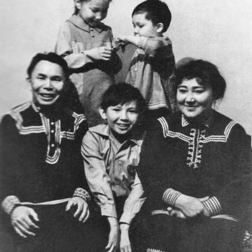 Т.Г. Харамзин имеӆ па няврємӆаӆ пиӆа, 1979-мит оӆ
