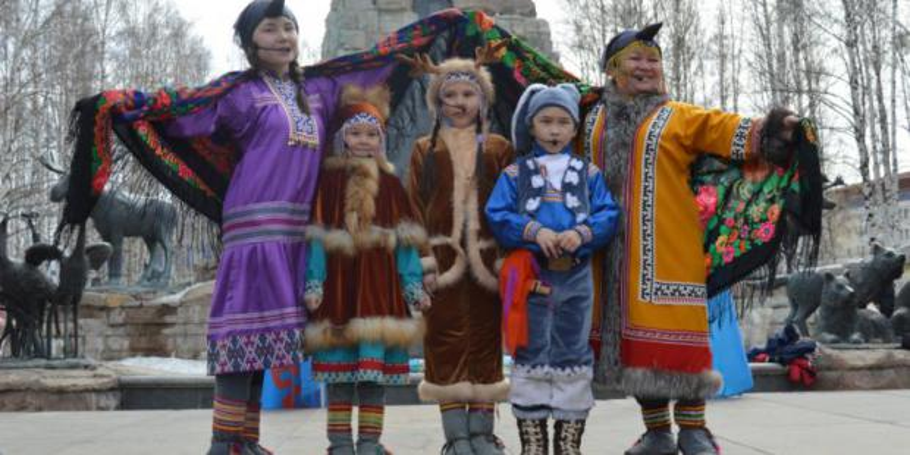 Жители и гости Ханты-Мансийска широко отметили «Вороний день»